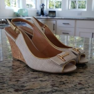 Tommy Hilfiger Linen Bow Wedges Size 7.5